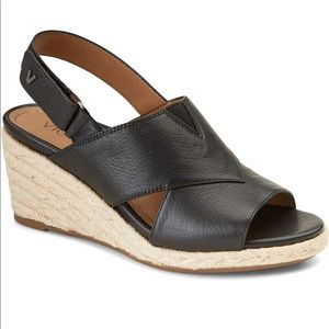 Vionic Zamar Wedge leather sandal Black